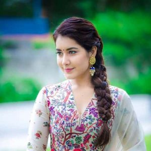 Rashi Khanna Family, Biography, Age, Movies, Affairs And More
