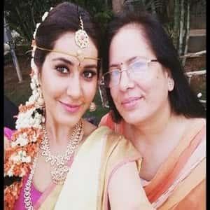 Tollywood Actress Rashi Khanna Family