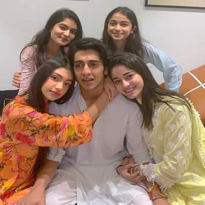 Ananya Panday Family, Bio, Boyfriend, Career, Facts & More