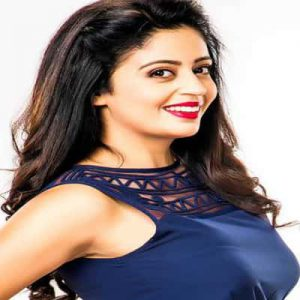 Neha Pendse Biography, Family, Husband, Movie, Tv Shows or More