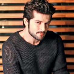 Raqesh Vashisth Biography, Family, Wife, Movies, Tv Shows or More