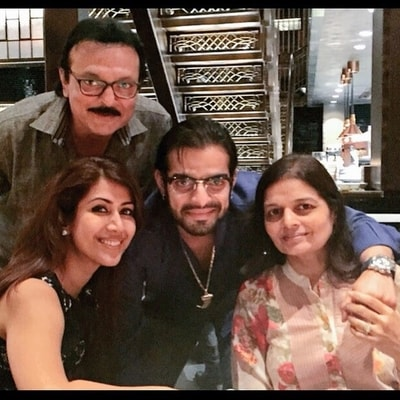 Karan Patel Wiki, Family, Wife, Tv Shows, Career, Age or More