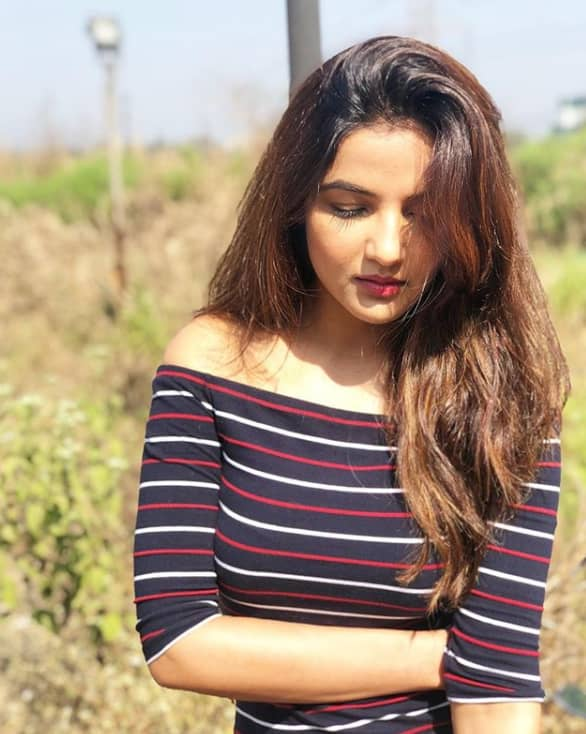 Jasmin Bhasin Tv Shows, Biography, Husband, Family, Movies or More