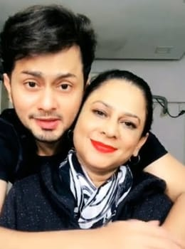 Awez Darbar Family, Biography, Girlfriend, Age, Wiki, Career or More