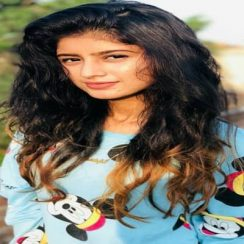 Celebrity Actress - Biography, Family, Age, Movies, Facts or