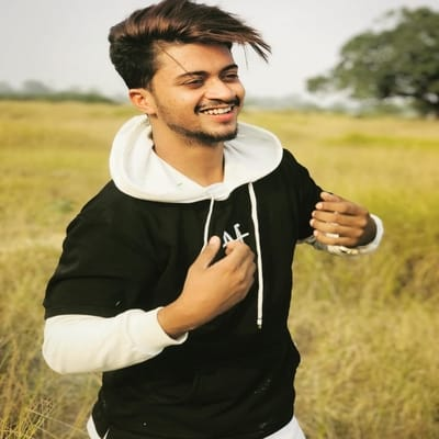 Hasnain Khan Biography, Family, Girlfriend, Career, Wiki, Age or More