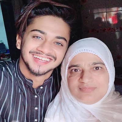 Hasnain Khan Family, Biography, Girlfriend, Career, Wiki, Age or More