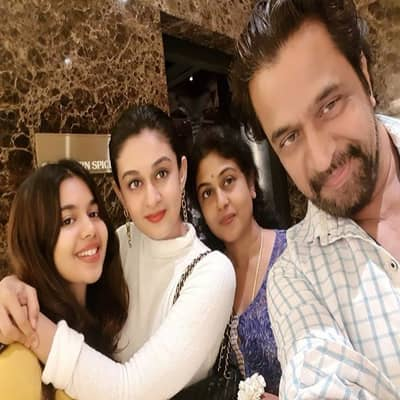Arjun Sarja Family, Bio, Wife, Movies, Controversy, Wiki & More