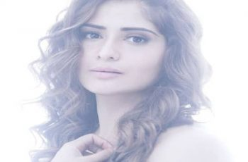 Aarti Singh Biography, Family, Husband, TV Shows, Career & More