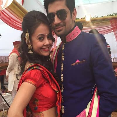 Devoleena Bhattacharjee Family Biography Husband Tv Shows More Devoleena bhattacharjee (born 22 august 1985) is an indian television actress and a trained bharatanatyam dancer known for portraying gopi modi in the star plus drama series saath nibhaana. devoleena bhattacharjee family
