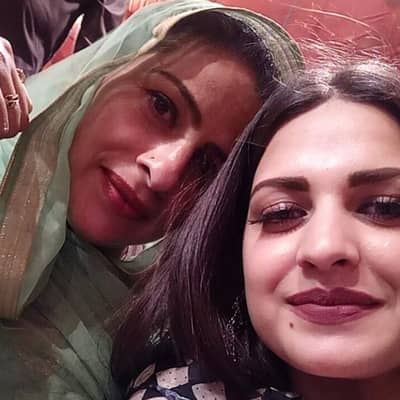 Himanshi Khurana Family, Biography, Husband, Movies, Songs & More
