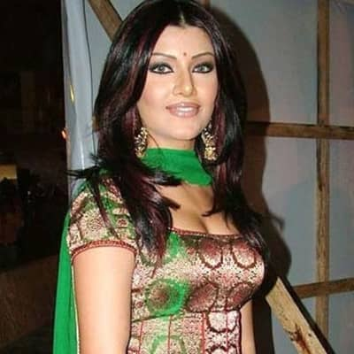 Koena Mitra Wiki, Family, Husband, Movies, Bio & More