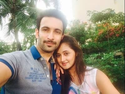 Rashami Desai Husband, Biography, Family, TV Shows, Movies & More