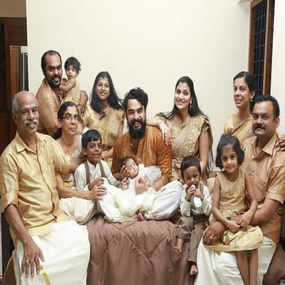Tovino Thomas Family, Biography, Wife, Movies, Awards, Wiki & More
