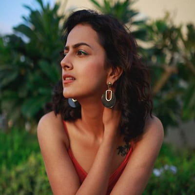 Shraddha Srinath Boyfriend, Biography, Family, Movies, Wiki & More
