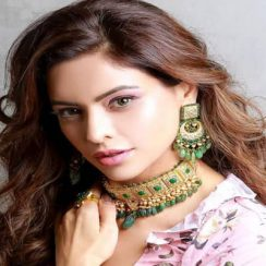 Aamna Sharif Biography, Family, Husband, TV Shows, Movies & More