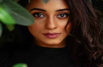 Pearle Maaney Biography, Family, Husband, Movies, TV Shows & More