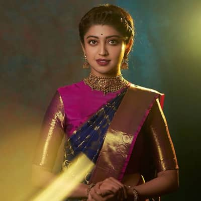 Pranitha Subhash Movies, Biography, Boyfriend, Family, Wiki & More