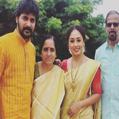 Srinish Aravind Family, Biography, Wife, Movies, TV Shows, Wiki & More