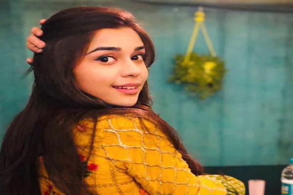 Eisha Singh Biography, Family, Boyfriend, Career, TV Shows & More