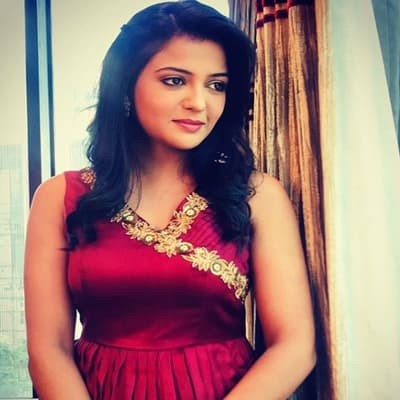 Gulki Joshi TV Shows, Biography, Husband, Family, Career & More