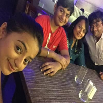 Helly Shah Family, Biography, Boyfriend, TV Shows, Career & More