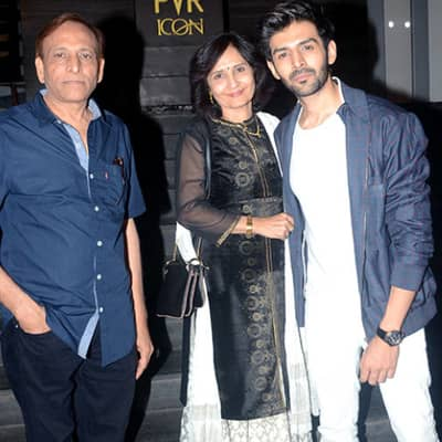 Kartik Aaryan Family, Biography, Girlfriend, Movies, Awards, Career & More