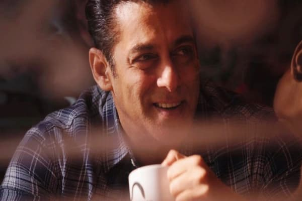 Salman Khan Biography, Family, Girlfriends, Movies, Controversy & More