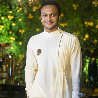 Shakib Al Hasan Career, Wiki, Wife, Family, Records, Children & More