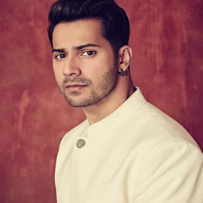Varun Dhawan Career, Biography, Girlfriend, Family, Controversy & More