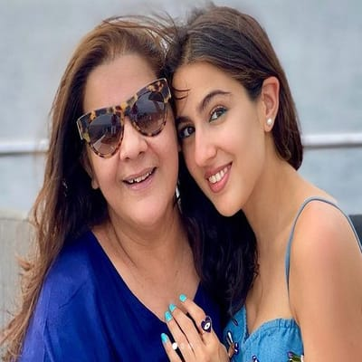 Sara Ali Khan Family, Biography, Boyfriend, Career, Facts & More